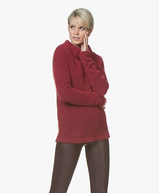 no man's land Mohair Round Neck Sweater - Ruby