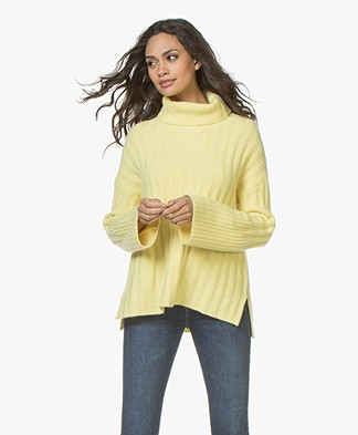 Repeat Pure Cashmere Turtleneck Sweater - Pineapple