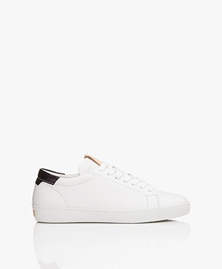 Closed Leather Sneakers - White