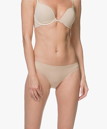 Calvin Klein Lingerie - Calvin Klein Perfectly Fit Invisible String - Bare