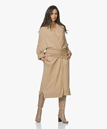 extreme cashmere N°8 Multifunctioneel Accessoire - Camel