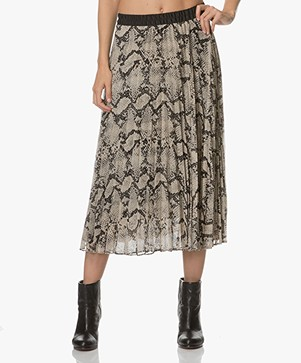 By Malene Birger Pleated Skirt with Print - Black/Beige
