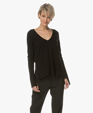By Malene Birger Accina V-neck Sweater - Black