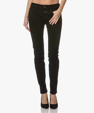 Closed Baker Long Skinny Jeans - Black Denim