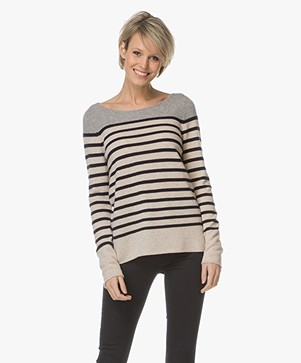 Repeat Striped Pullover in Cashmere - Beige