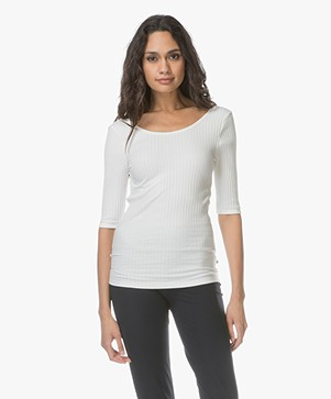 Leï 1984 Theodora Aangesloten Rib T-shirt - Off-white