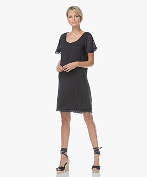 BRAEZ Darly Viscose Blend Dress with Lace Details - Midnight Blue