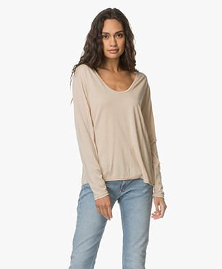 Filippa K Scoop Neck Long Sleeve - Dune