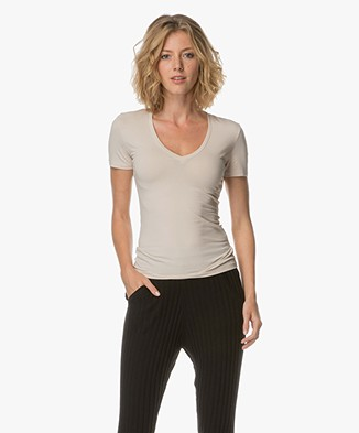 Drykorn Linara V-neck T-shirt - Powder