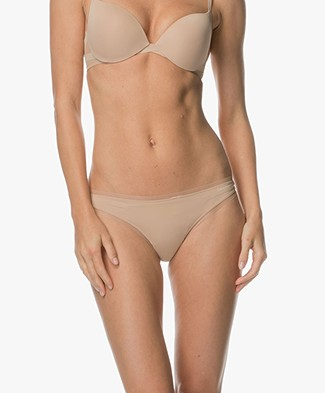 Calvin Klein Sculpted Mesh Thong - Bare