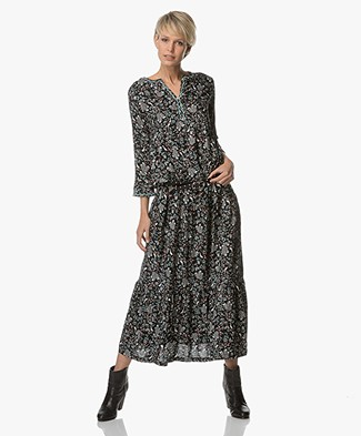 Indi & Cold Maxi Dress with Print - Black