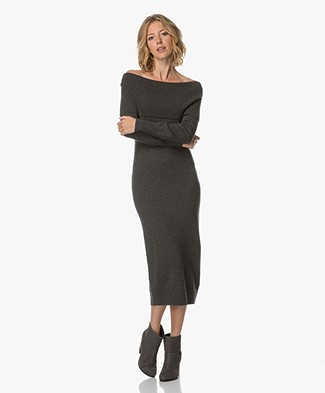 Theory Off-shoulder Gebreide Jurk - Light Charcoal