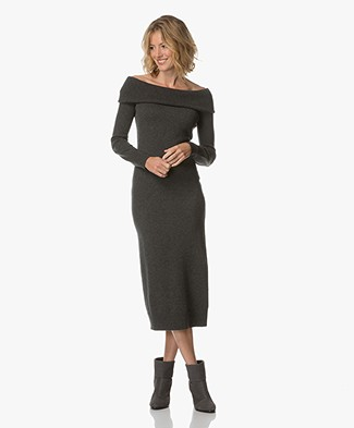 Theory Off-shoulder Knitted Dress - Light Charcoal