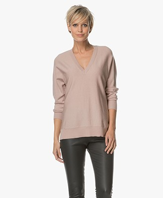 FWSS Planet Earth V-neck Pullover in Merino Wool - Rose Smoke
