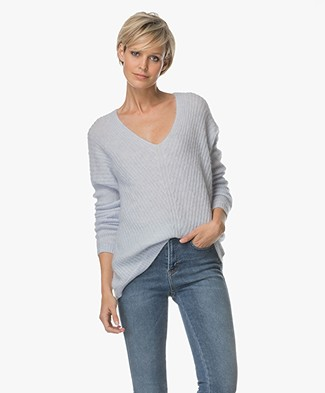 FWSS Wenche Oversized V-neck Sweater - Artic Ice