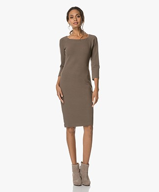 1065c34887fe4 Business Dresses | Shop your business dress online | Perfectly Basics
