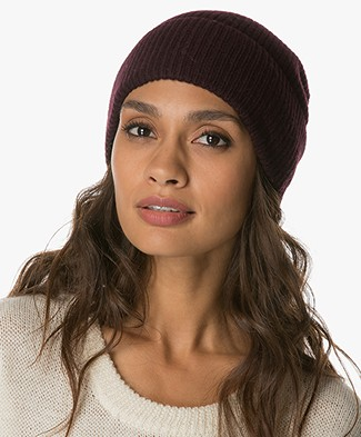 FWSS In the Cave Woolen Beanie - Winetasting