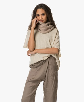 extreme cashmere N°8 Multifunctional Accessory - Sand