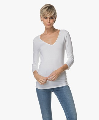 Majestic Soft Touch V-hals T-shirt - Wit