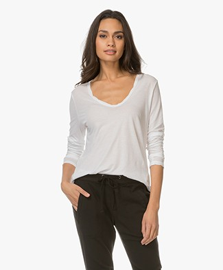 James Perse V-neck Long Sleeve in Extrafine Jersey - White