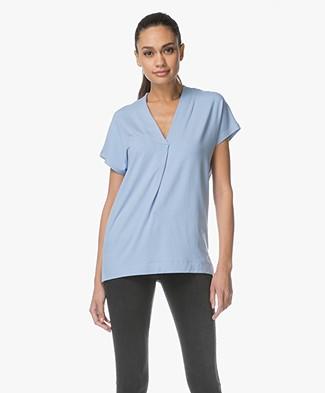 Kyra & Ko Pien V-neck T-shirt in Viscose - Light Blue