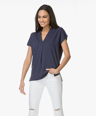 Kyra & Ko Pien V-neck T-shirt in Viscose - Navy