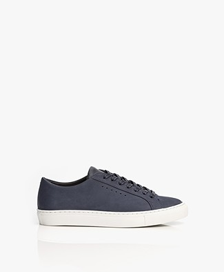 Filippa K Kate Seasonal Sneakers in Nubuck - Navy