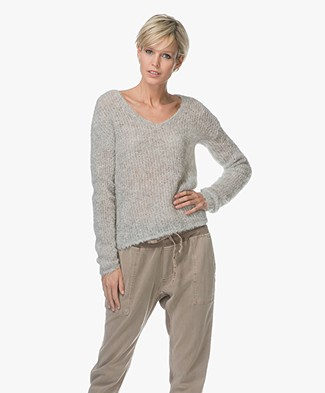 Rag & Bone Freda V-Neck Alpaca Sweater - Light Grey