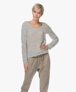 Rag & Bone Freda V-Neck Alpaca Blend Sweater - Light Grey