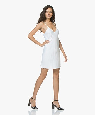 Braez Bree Viscose Asymmetric Dress - White