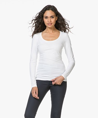 Drykorn T-shirt Selima with Round Neck - White