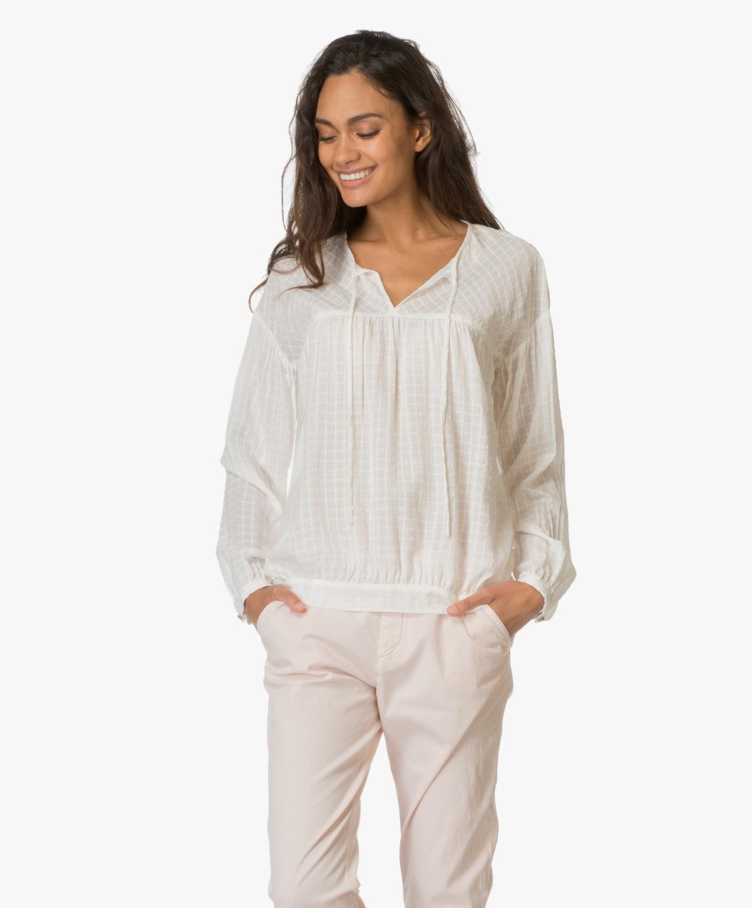boss orange exotic blouse off white exotic 50330132 100. Black Bedroom Furniture Sets. Home Design Ideas