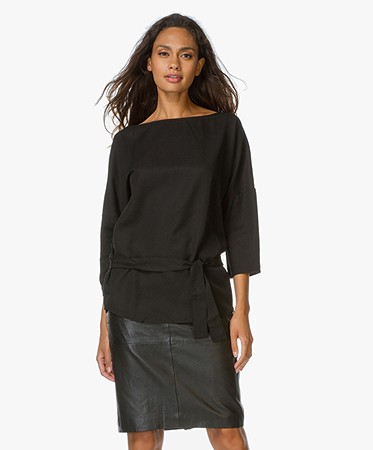 boss orange ecin blouse met boothals zwart ecin 50320282 001. Black Bedroom Furniture Sets. Home Design Ideas
