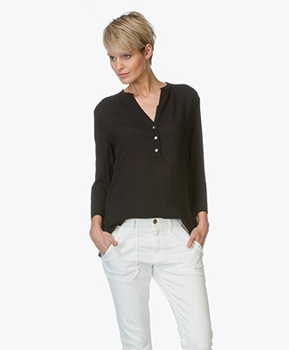 James Perse Henley Viscose Blouse - Zwart