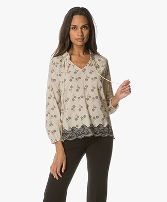 Indi & Cold Blouse with Lace - Hueso