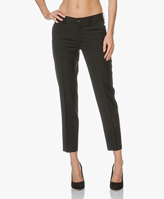 Filippa K Luisa Cropped Cool Wool Slacks  - Zwart
