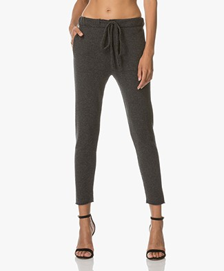 Fine Edge Utility Pants in Wool and Cashmere - Anthracite