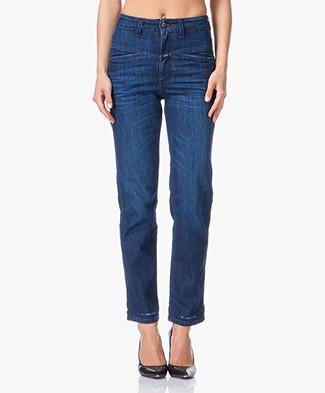 hoge taille broek jeans spijkerbroek met een hoge taille perfectly basics. Black Bedroom Furniture Sets. Home Design Ideas