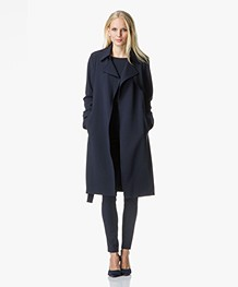 Theory Oaklane Trenchcoat in Admiral Crêpe - Deep Navy