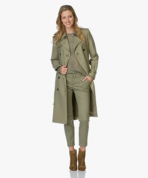 Closed Clubmoss Trenchcoat