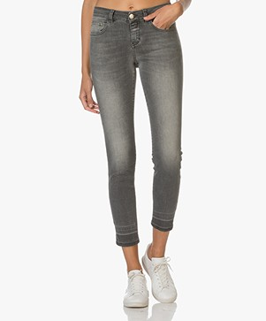 Closed Baker Cropped Jeans - Heavy Worn