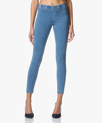 HUE Super Smooth Denim Legging - Vintage Wash