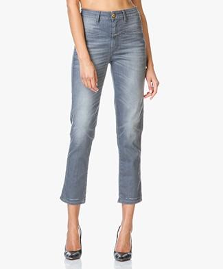 dames jeans shop dames spijkerbroeken perfectly basics. Black Bedroom Furniture Sets. Home Design Ideas