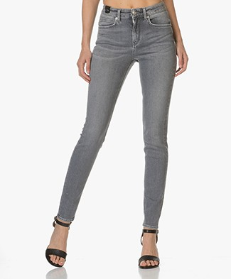 Drykorn Soon High-Rise Skinny Jeans - Grey