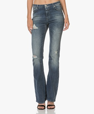 Closed Mia Flared Jeans - Destroyed Ocean Blue