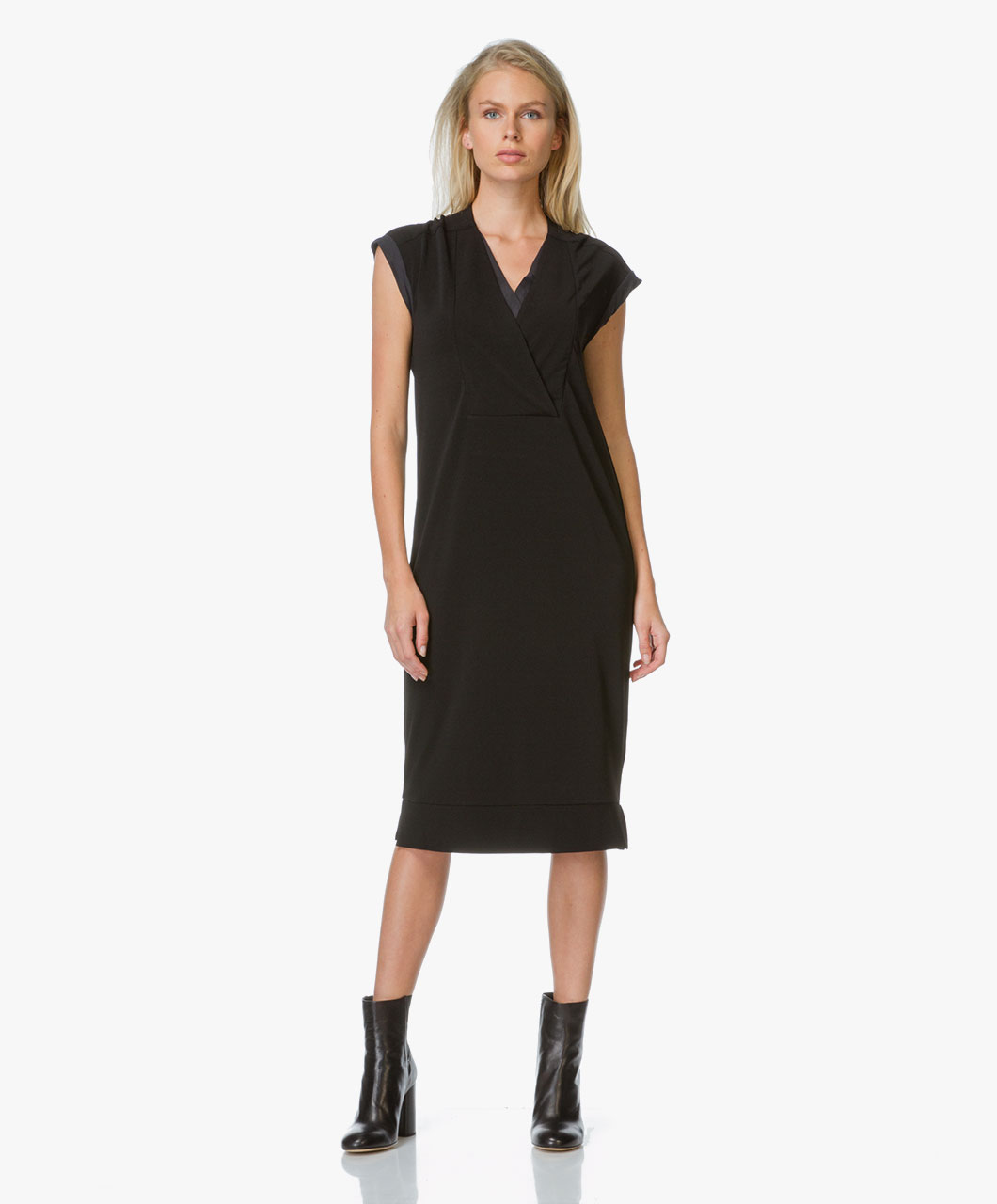 Malene Birger Axelremsväska : By malene birger harluna dress black