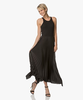 Theory Vinessi Pleated Tank Dress - Black