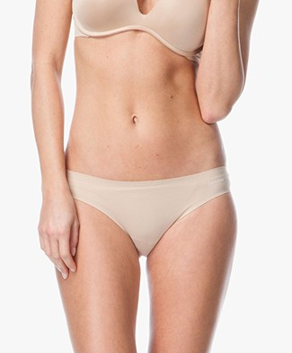 Calvin Klein Perfectly Fit Invisible Slip - Bare