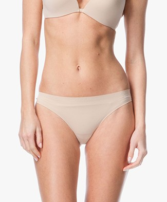 Calvin Klein Perfectly Fit Invisible Thong - Bare