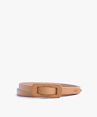 Closed Pull-through Leather Belt - Cognac/Natur